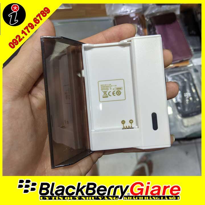 Hộp sạc pin BlackBerry Q10/P'9983