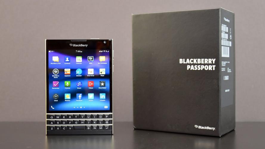 Có nên dùng điện thoại BlackBerry