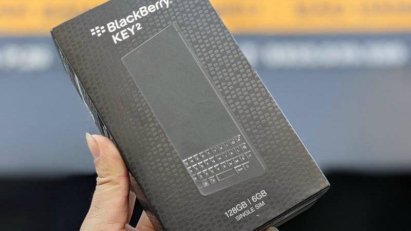dán màn hình blackberry key 2