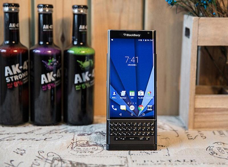 thay màn hình blackberry priv