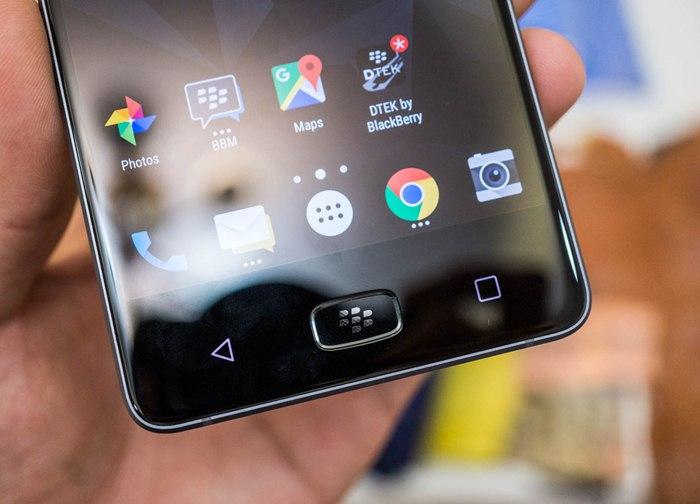 blackberry-motion-like-new-1