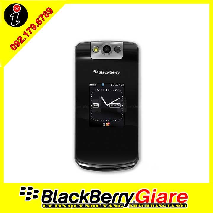 điện thoại BlackBerry Flip 8220