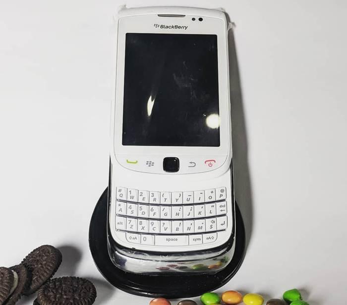BlackBerry 9800 cũ