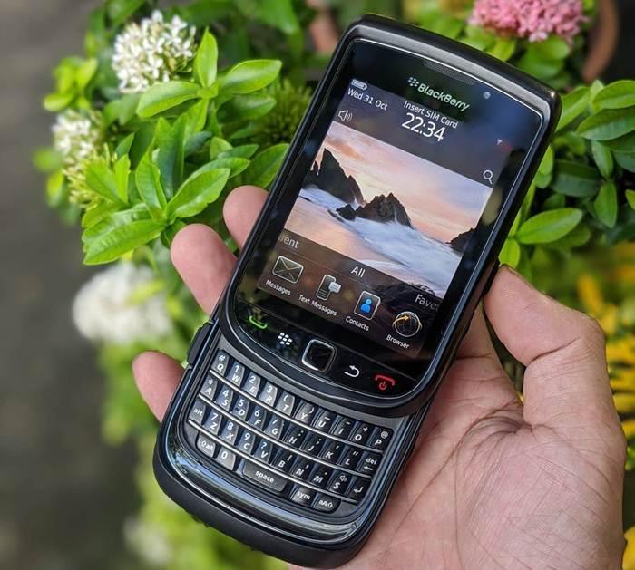 điện thoại BlackBerry Torch 9800